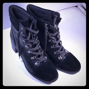 Sam Edelman 3/4 length S/8 tie Up boots.